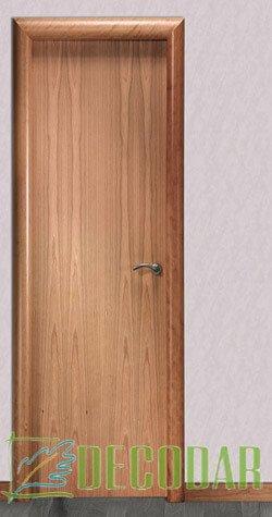 puerta de cierzo lisa en Madrid