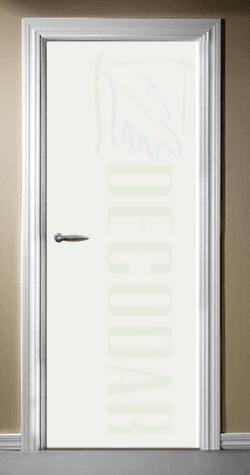 puerta instalada modelo lisa en madrid
