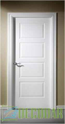 puerta maziza lacada instalada